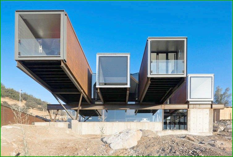Къща от метал Метална къща в Чили
