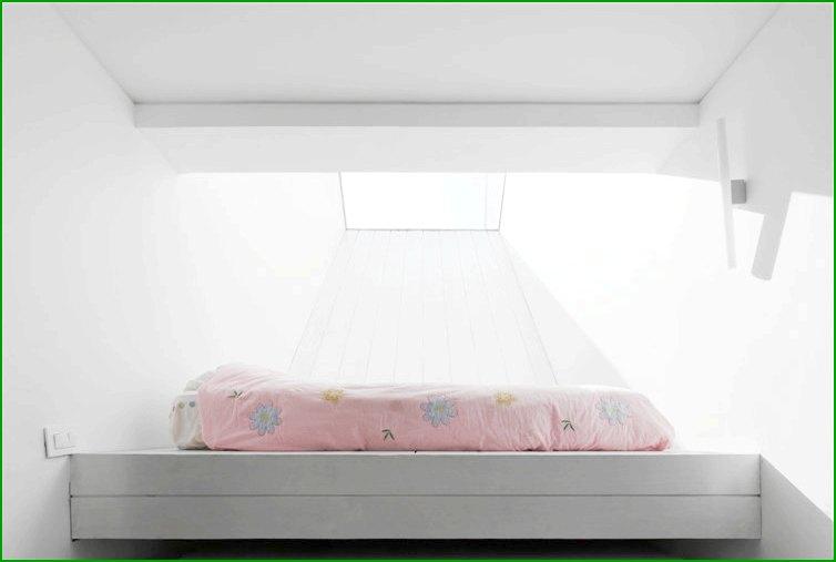 метална къща снимка на детска спалня