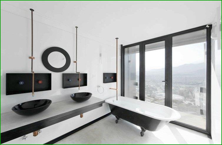 метална къща снимка баня