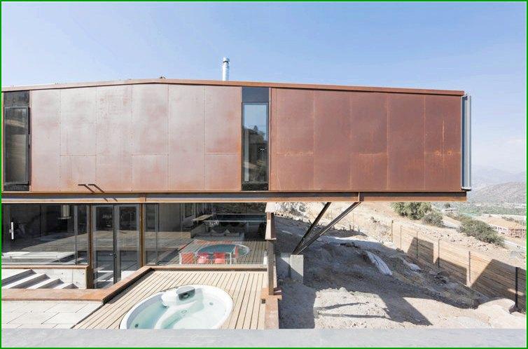 метална къща снимка 2