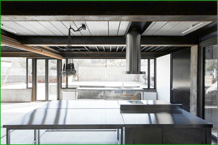 метална къща снимка кухня