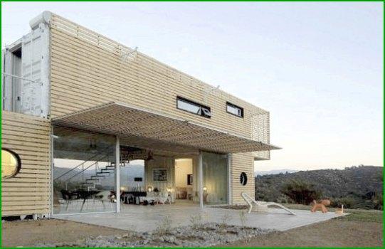 Еко къща от палети и контейнери снимка 2