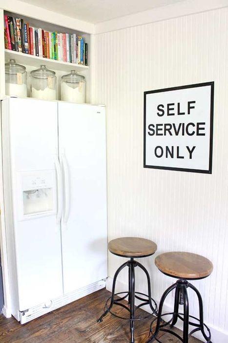 Stilig løsning for et lite kjøkken