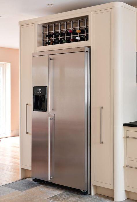 Съхраняване на вино над хладилника
