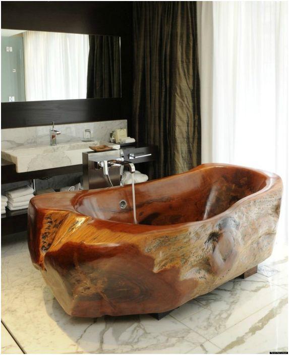 Дървена вана.