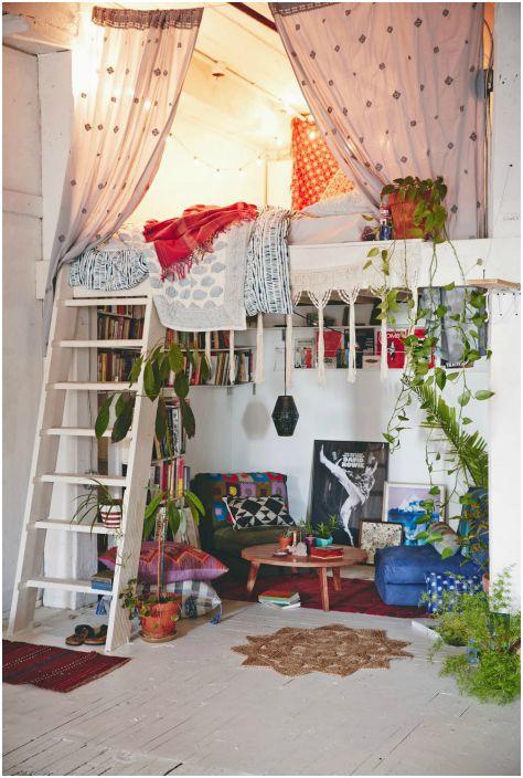 Комната в стиле бохо шик.
