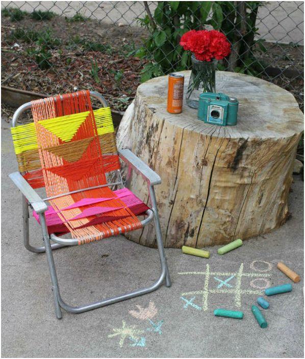Декор стула яркими нитками.