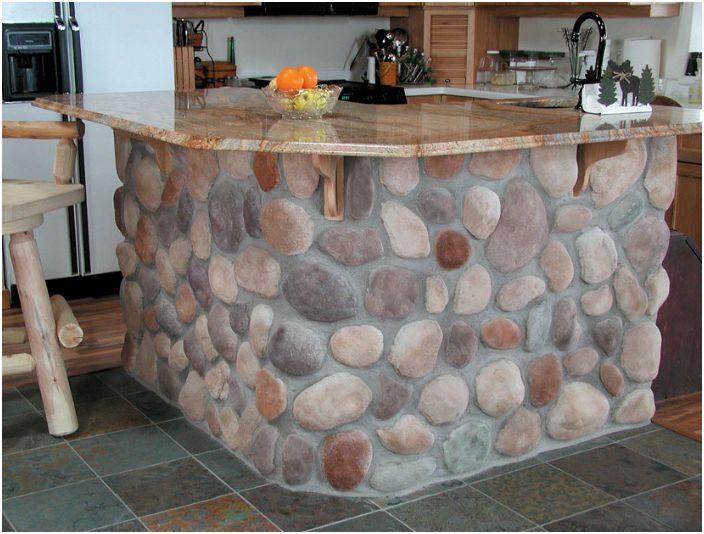 Оригиналният дизайн на кухненския остров.