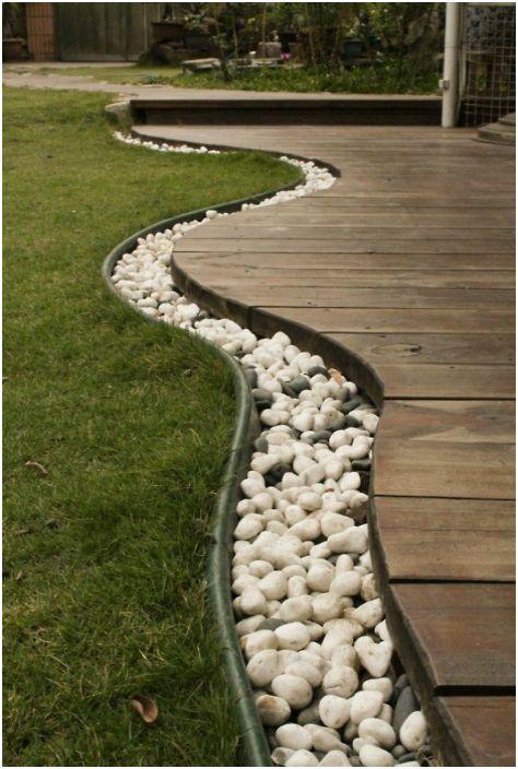 Декорация за градинска пътека.