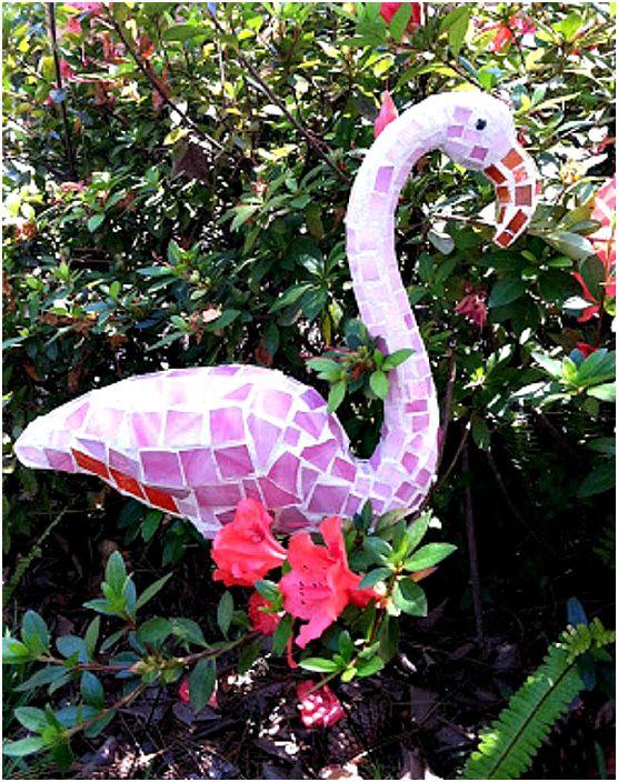 Flamingo-veistos.