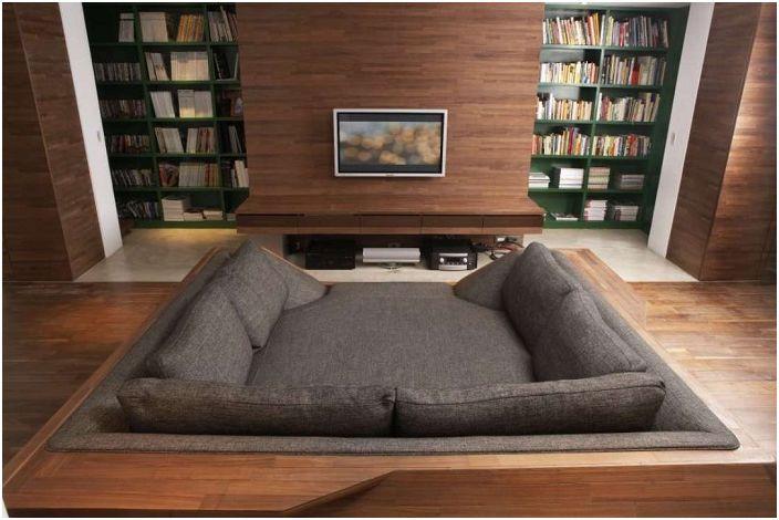 Уединено място в къщата - създадено специално за отдих и четене на интересни книги.