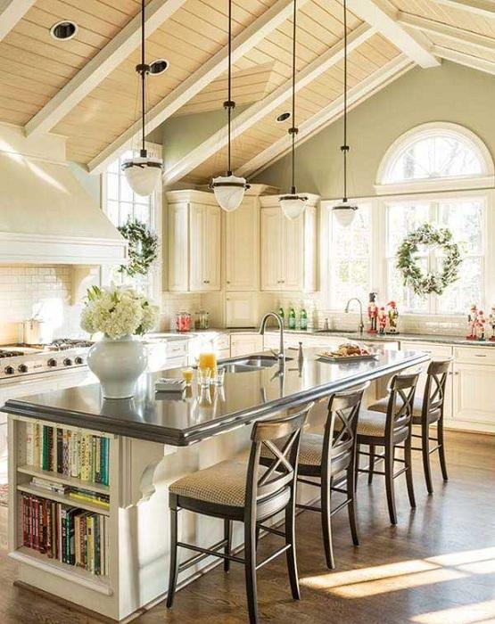 Перфектният ефирен кухненски интериорен дизайн е създаден с помощта на кухненската маса.