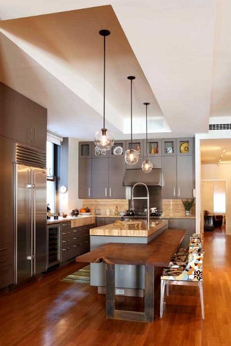 Прекрасна двойна маса, която ще бъде чудесен елемент във всяка кухня.