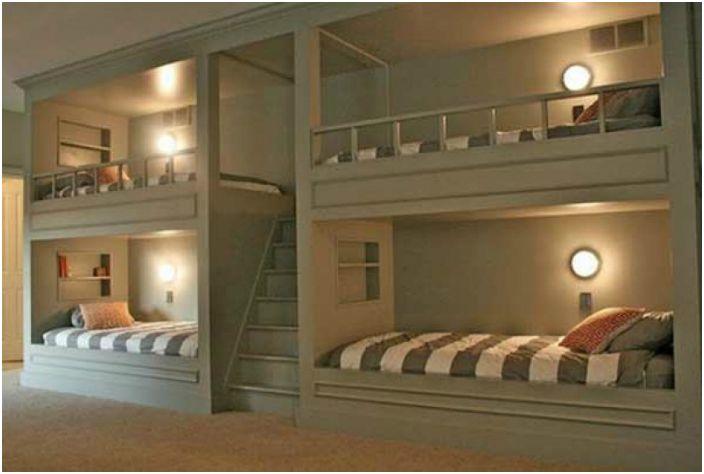 Спалня за четирима.