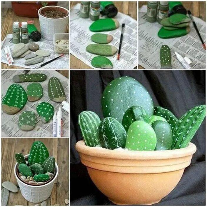 Niezwykły kaktus wykonany z małych ozdobnych kamieni.