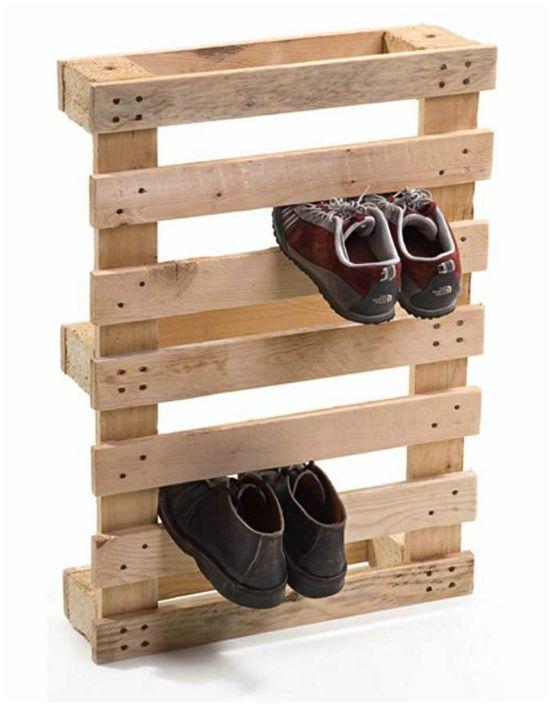 Подставка для обуви из поддона.