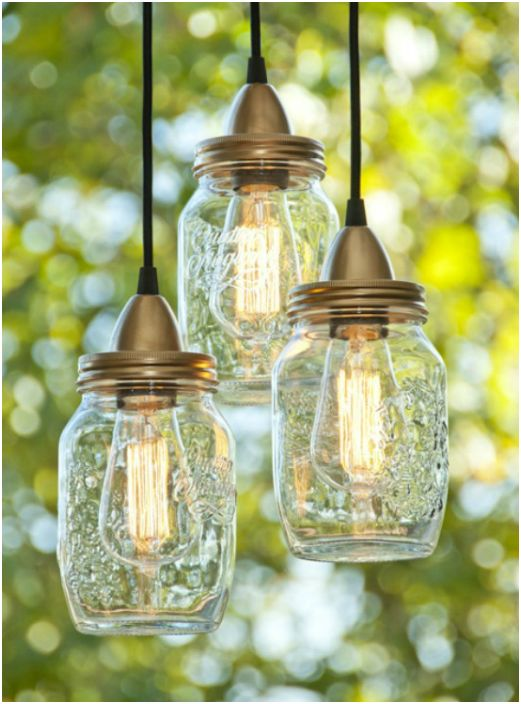 Неизползваните стъклени буркани могат да се използват за направата на фантастични лампи.