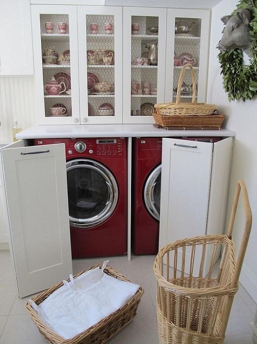 Чудесен вариант за скриване на перални машини зад плъзгащите се врати на шкафа.