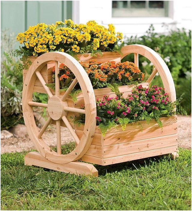 Идеални саксии с удобна доставка - ще се впишат добре във всеки декор за градина и зеленчуци.