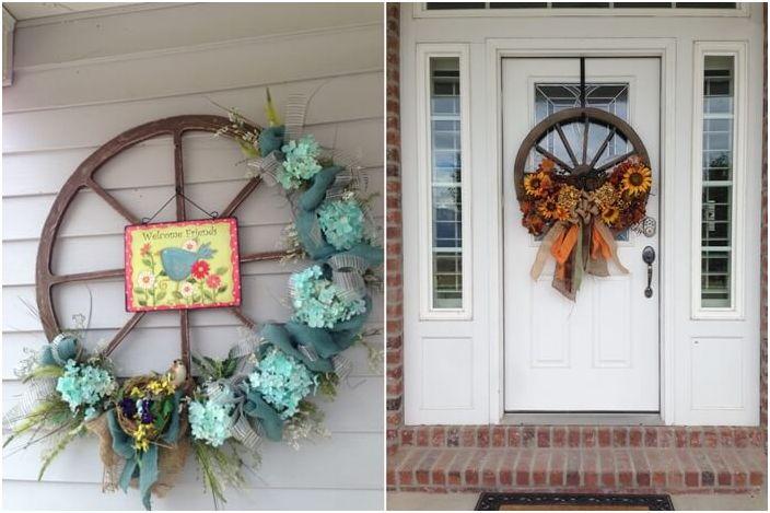 Възможно е да направите венец от колелото със собствените си ръце, за да украсите входната врата на къщата.