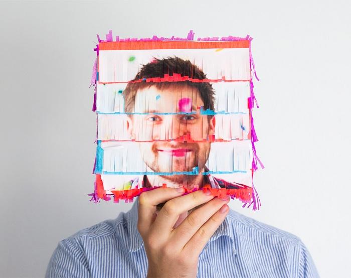 Интересен и прекрасен DIY подарък е DIY 3D снимка.