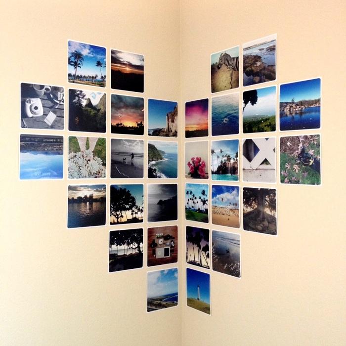 Чудесен вариант за декориране на ъгъла на стаята с фотографии, изложени във формата на сърце.