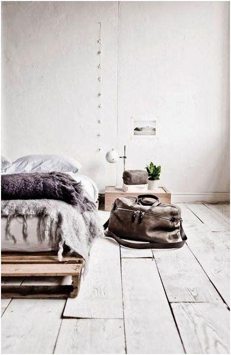 Минималистичният дизайн на спалнята в неутрални цветове е това, от което се нуждаете за душата.