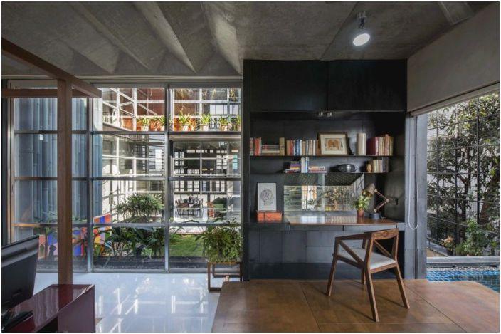 Дизайн на дома, базиран на контрасти.