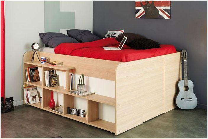 Małe łóżko