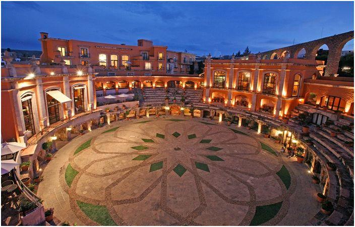 Quinta Real Zacatecas е хотел в бивша арена.