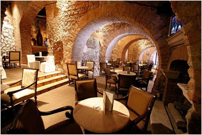 Quinta Real Zacatecas е оригинален хотел, разположен на арена от 17-ти век.
