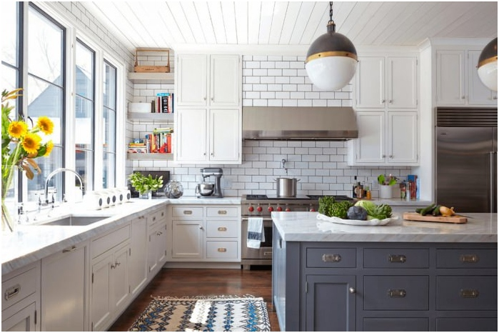 Fehér tégla a konyhában