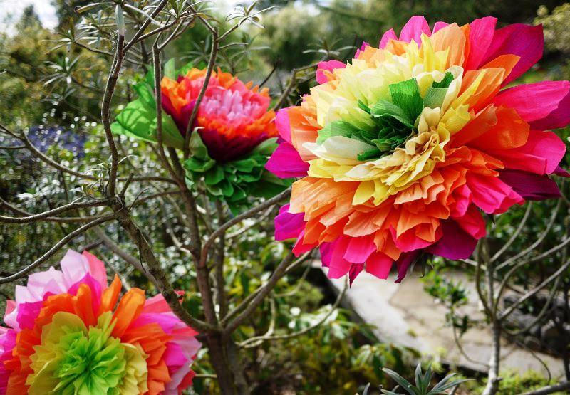 цветя от гофрирана хартия