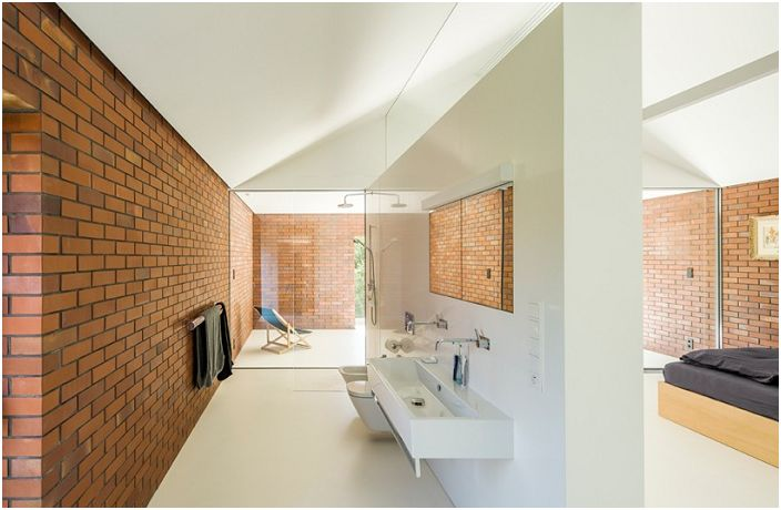 Łazienka w domu mieszkalno-ogrodowym w Katowicach.