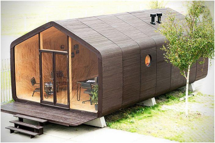 Wikkelhouse е гофрирана картонена къща.