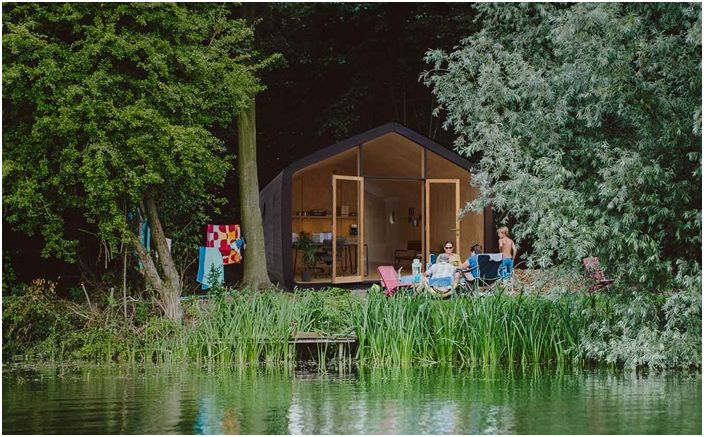 Архитектурен проект на картонена къща от холандската компания Fiction Factory.