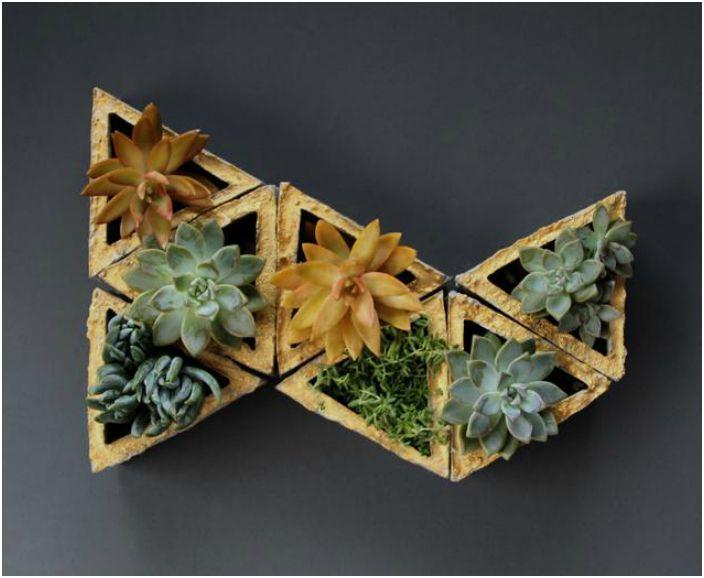 Модульные горшки геометрической формы.