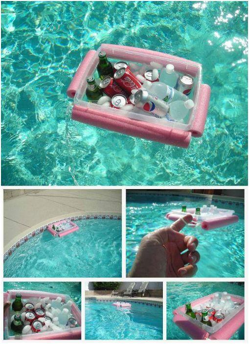 Pływająca chłodziarka do napojów.
