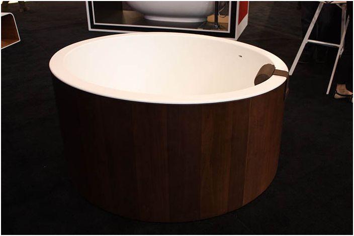 Дървена вана от Граф