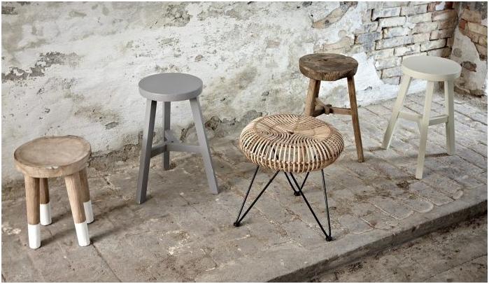 стол, изработен от рязано дърво