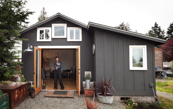 Dom przebudowany z garażu.
