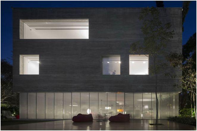 Голям дизайн на къщата