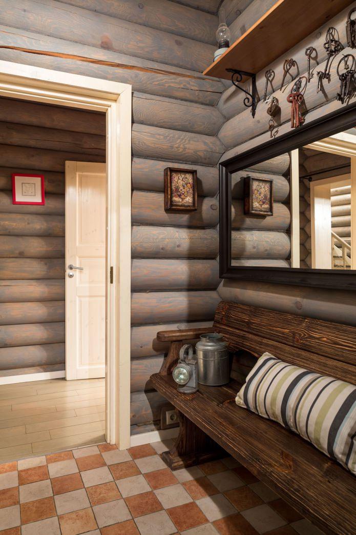 вътрешна украса на дървена къща: входно антре