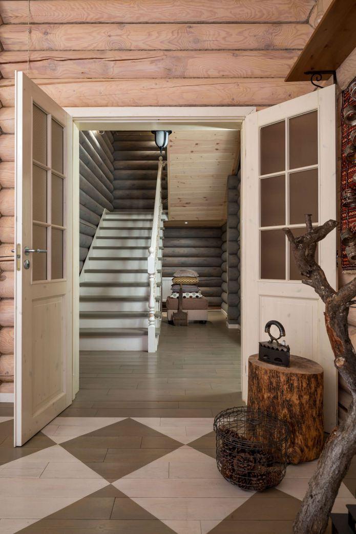 вътрешна декорация на дървена къща: стълби