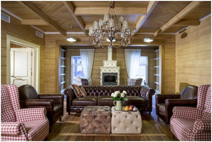 гостиная в интерьере деревянного дома из бруса