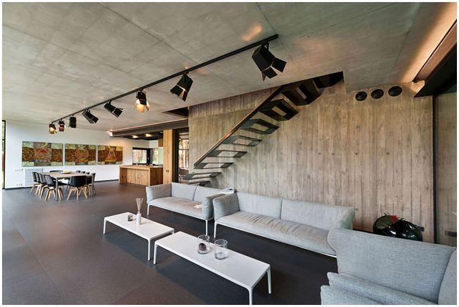 дизайн на стълбище в частна къща