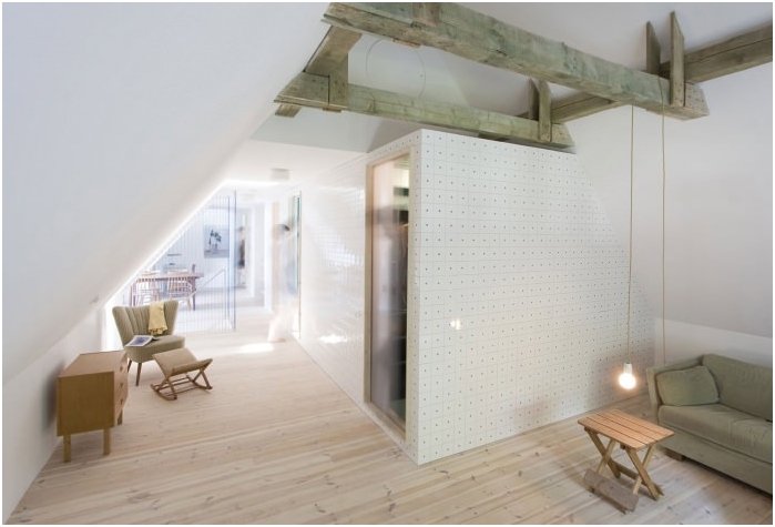 Konstrukcja sufitu z belkami