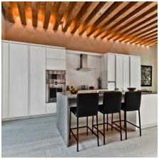 Дизайн потолка с балками-2