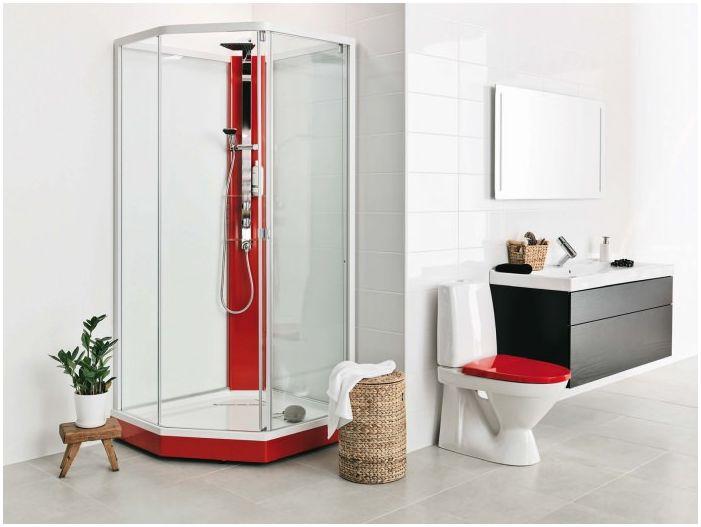 ванная комната в красно-белых тонах