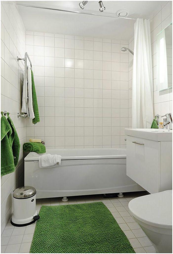 бяло-зелен дизайн на банята
